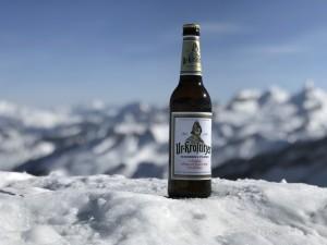 Was gibt es Schöneres, als mit einem Freund in der Ferne auf fast 2.000 Höhenmetern ein feinherbes Ur-Krostitzer Pilsner genießen zu können (Stoos, Schweiz). Ein wunderschöner Tag. - Danny