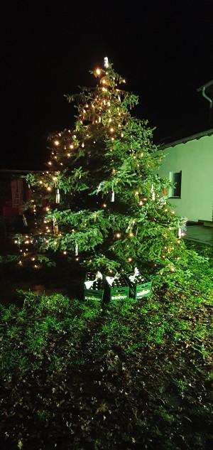 Selbst der Weihnachtsmann weiß, was Man(n) sich wünscht. Weihnachtszeit ist Genusszeit. In unserem Garten. - Johann
