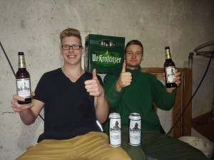 Gemütliche Abende mit Urkrostitzer sind einfach die besten! Alle Varianten des beliebten Bieres. Im Partyraum. - Justin