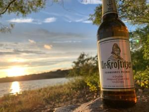 Es ist an einem geilen Abend am See in der Nähe von Dresden/Leipzig entstanden. Beim Herrenausflug. Urlaub, Freiheit, Entspannung. An einem See in der Nähe von Leipzig. - Julian