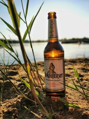 Die Feierabend Sonne genossen am See und dazu ein kühles Uri ... Gibt nix besseres. Sonne, Sommer, Bier. Kleinsaubernitz an der Olba. - Mario