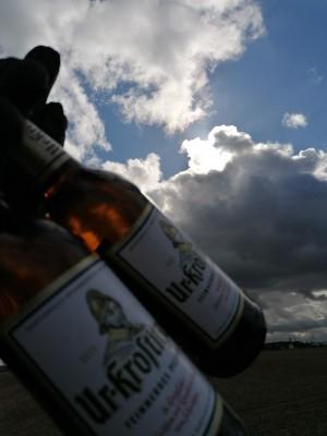 Ein Uri kommt selten allein und ist bei jedem Wetter genießbar. Freiheit, gutes Bier. Zwischen Hollsteitz und Oberschwöditz. - Leon