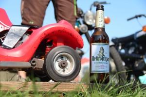 Das beste Bier neben dem geilsten Gefährt. Schöne Momente und Zeit mit Freunden. Emmenrausch 2020 Stausee Kelbra. - Felix