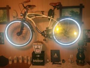 Wahre Helden haben das Original Ur-Krostitzer Fahrrad. - Rene S.
